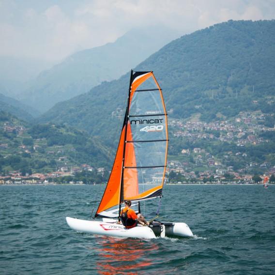 MiniCat 420 Evoque aufblasbarer Katamaran Segelboot im ARTS-Outdoors MINICAT-Online-Shop günstig bestellen