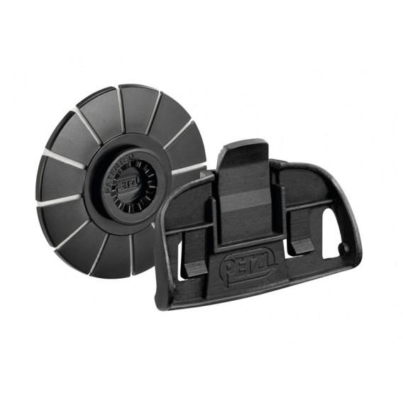 Petzl Adapt Tikka Kit Befestigungssystem für Tikka Stirnlampe an Helm hier im Petzl-Shop günstig online bestellen