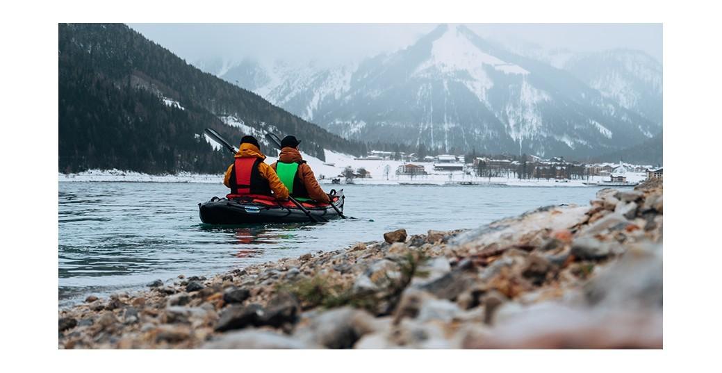 Verlänger' die Paddelsaison: Paddelausrüstung für die kalte Jahreszeit